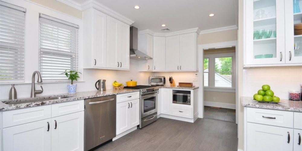 Builders Surplus YEE HAA-Custom Kitchen Cabinets-Dallas ...